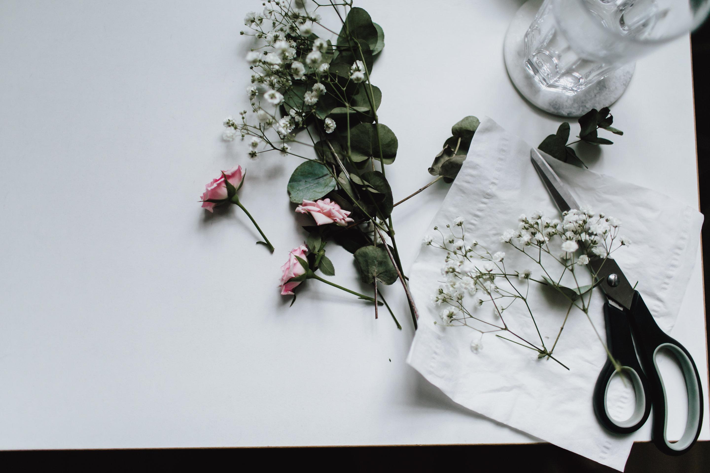 Blumen für die Hochsteckfrisur