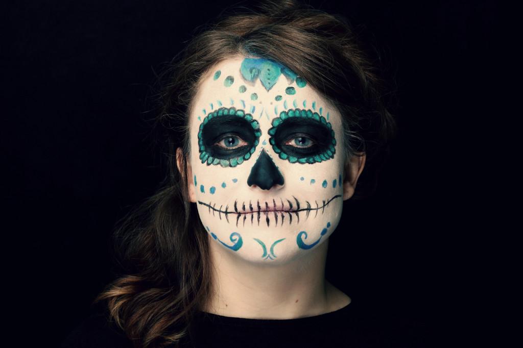 Salon Zwei Sugar skull Make-Up, Dia De Los Muertos oder Karneval