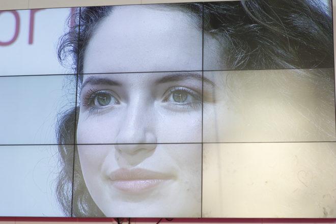 Make Up vom Salon Zwei auf der Vivaness Bühne