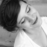 Lockere Hochsteckfrisur und natürliches Make Up by Salon Zwei an Lucy